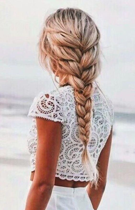 coiffure de plage tresse bohème