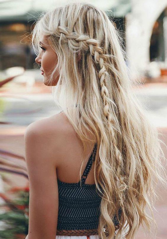 coiffure de plage mèche tressée