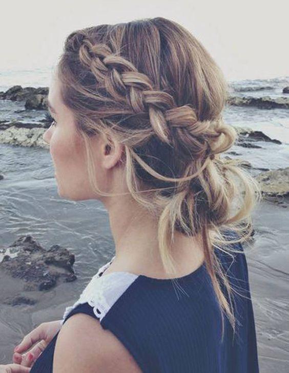 coiffure plage couronne tressée
